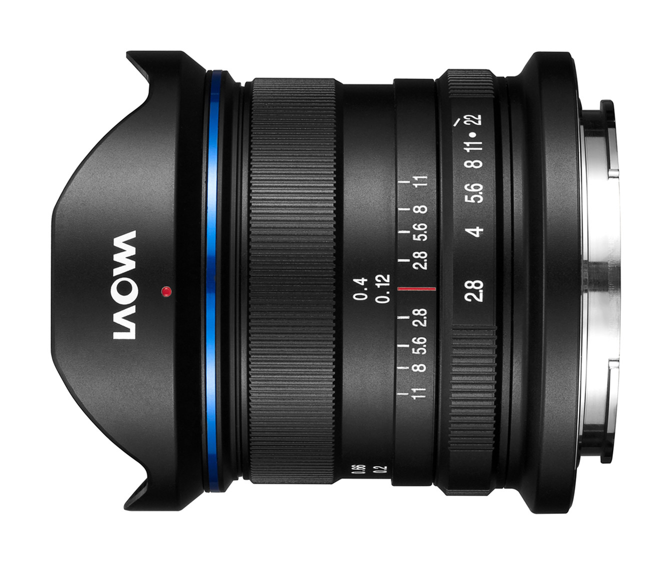 The manual focus ring and aperture ring with a DOF scale – there are no other controls on the lens