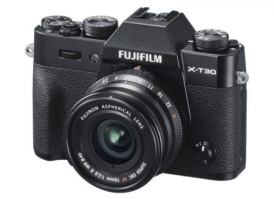 Fujifilm X-T30 (s objektivem XF16mmF2.8)